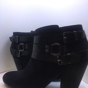 Black Booties Size 8.5 by Carlos Santana